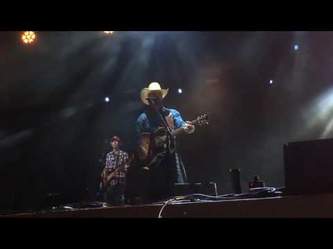 Cody Johnson - Diamond In My Pocket (Live)