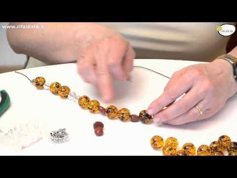 Collane fai da te tutorial from YouTube · Duration:  4 minutes 18 seconds