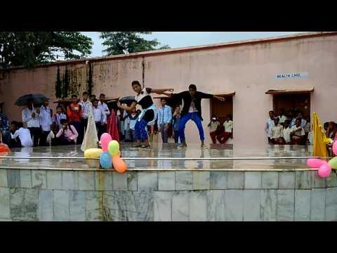 S s+2 high school Chandil ka dance 2017