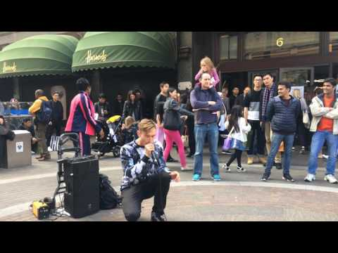 Crobbs beatboxing in London