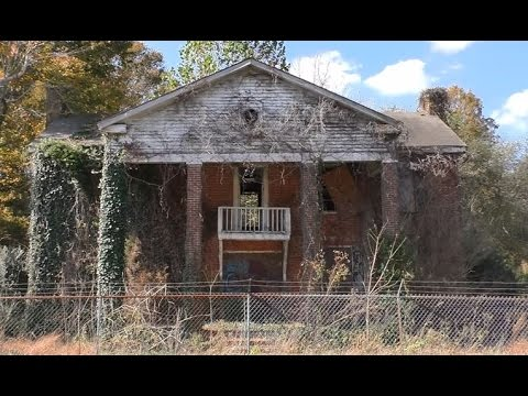 #26 19th Century HISTORIC Abandoned Large Brick home in Kentucky