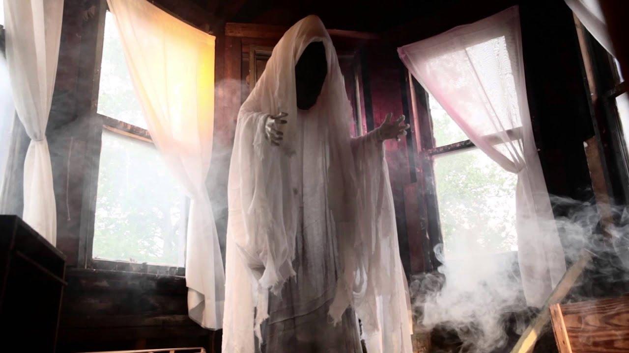 6 39 faceless ghost halloween decoration improvements catalog youtube. Black Bedroom Furniture Sets. Home Design Ideas