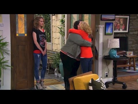 "Good Luck Charlie - ""Down a Tree"" Promo - YouTube"