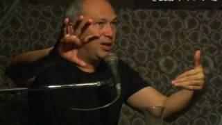 2010年6月てのひらまつりにてモーリー・ロバートソンがトーク出演...