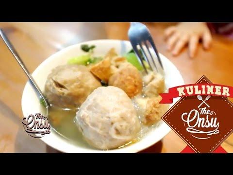 The Onsu Kuliner Bakso Enak Di Jakarta Youtube