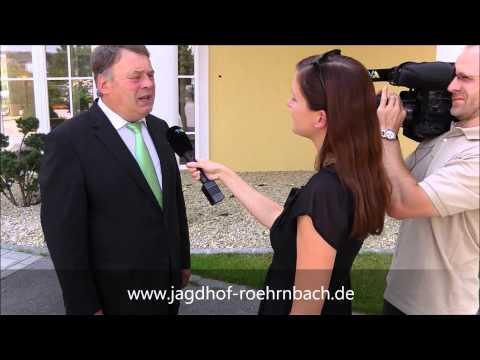 Staatsminister Helmut Brunner besucht das erste 5-Sterne Hotel im Bayerischen Wald