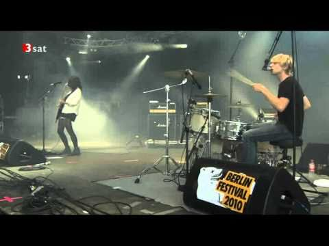 Blood Red Shoes   It's getting boring by the Sea live berlin festival 2010