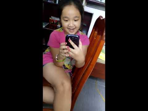 Em gái Việt Nam tự sướng