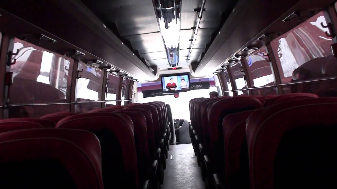 Coach bus  Wikipedia
