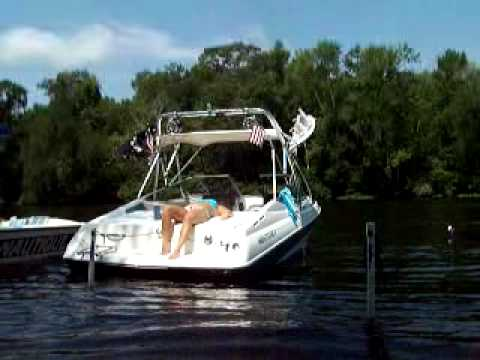 The Best Shallow Water Anchor For Your Boat On Sand Bars Or Beach Use You