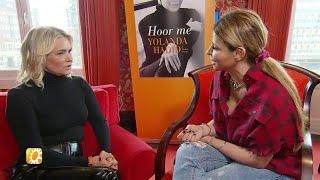 Gigi en Bella Hadid houden moeder op de been - RTL BOULEVARD