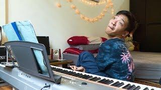 Muôn màu cuộc sống: Giấc mơ nhạc sĩ của chàng trai bại não
