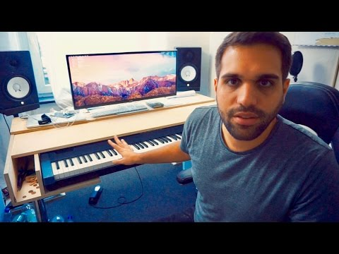 DIY RECORDING STUDIO DESK WITH MOVABLE KEYBOARD COVER