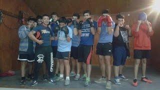 Saludo de boxeador a boxeador - Día del Boxadoro