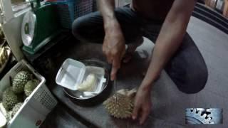 Разделка дуриана…