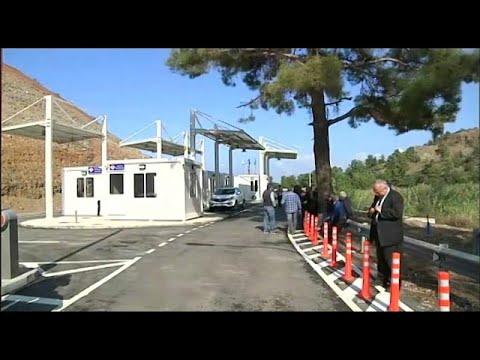 شاهد: فتح نقاط عبور جديدة بين شطري جزيرة قبرص المقسمة  - نشر قبل 2 ساعة