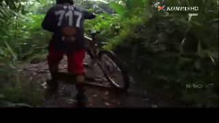 Liputan Kompas TV feat Vicky Rhoma Irama - Gobar ABC @ RA Classic 21 Juli 2013