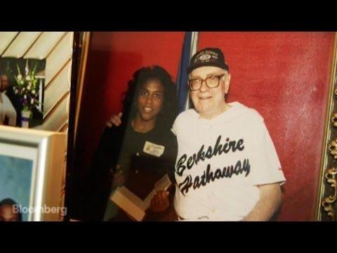 The Buffett Superfan Who Became Warren's Pen Pal