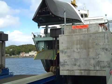 MV Hebridean Isles bow ramp lowering