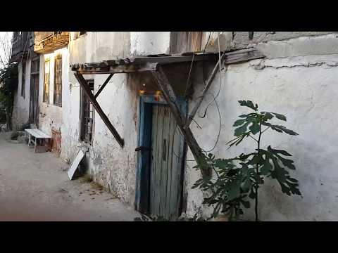 Ekinlik İsland More Greek Houses