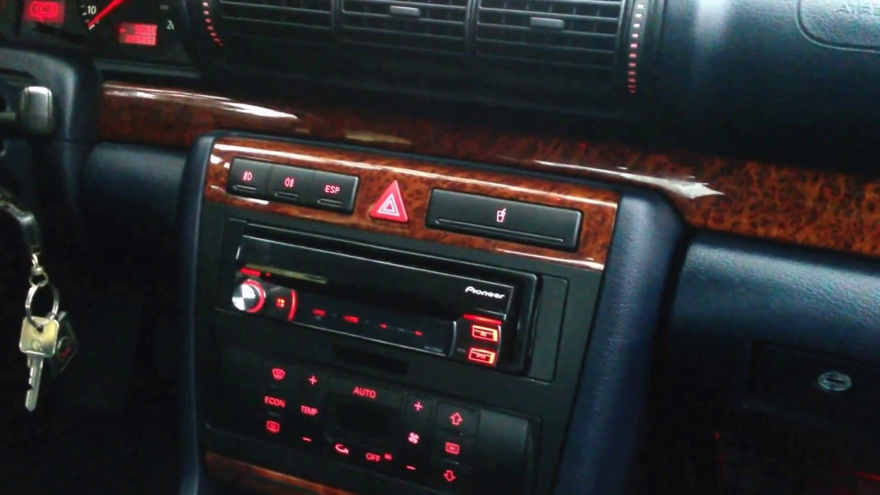 Pioneer avh x7500bt in audi a4 b5 youtube for Mueble 2 din audi a4