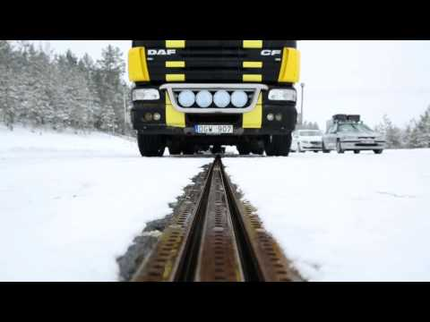 .瑞典開始測試世界上第一條電氣化道路:汽車行駛時就能充電