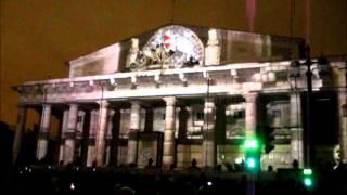 Световое шоу на здании Биржи в СПб