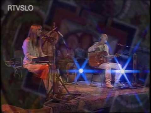 Deva Premal & Miten, Live In Concert - Om Namo  (originally On The Essence)