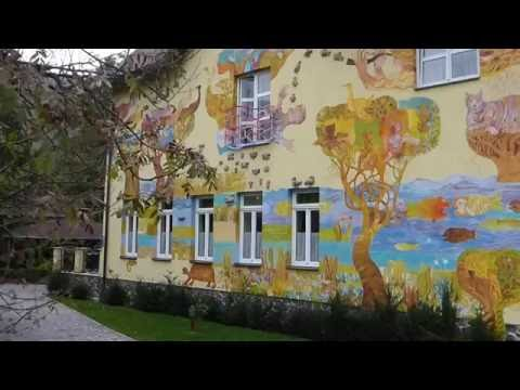 A painted house in Rajecka Lesna Slovakia - A must see video