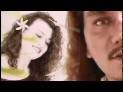 "Kealiʻi Reichel with Sistah Robi - ""Every Road Leads Back to You"" Video"