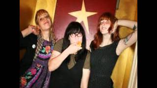 Watch Vivian Girls The Other Girls video