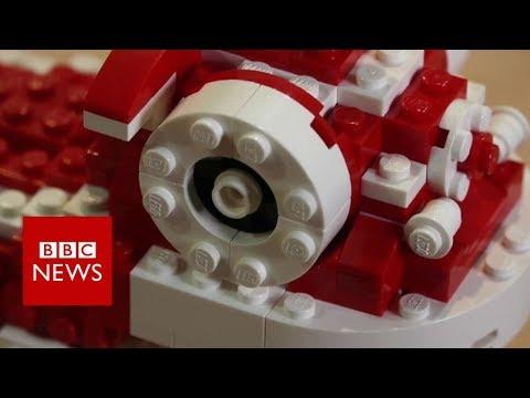 Singapore's Lego brick artist- BBC News
