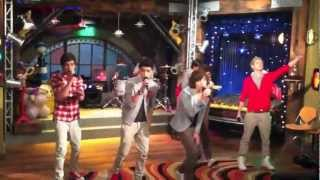 One Direction  en iCarly - What Makes You Beautiful
