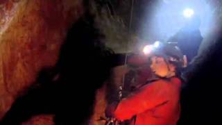 ジェームズ・キャメロン製作総指揮、洞窟で繰り広げられるサバイバルア...