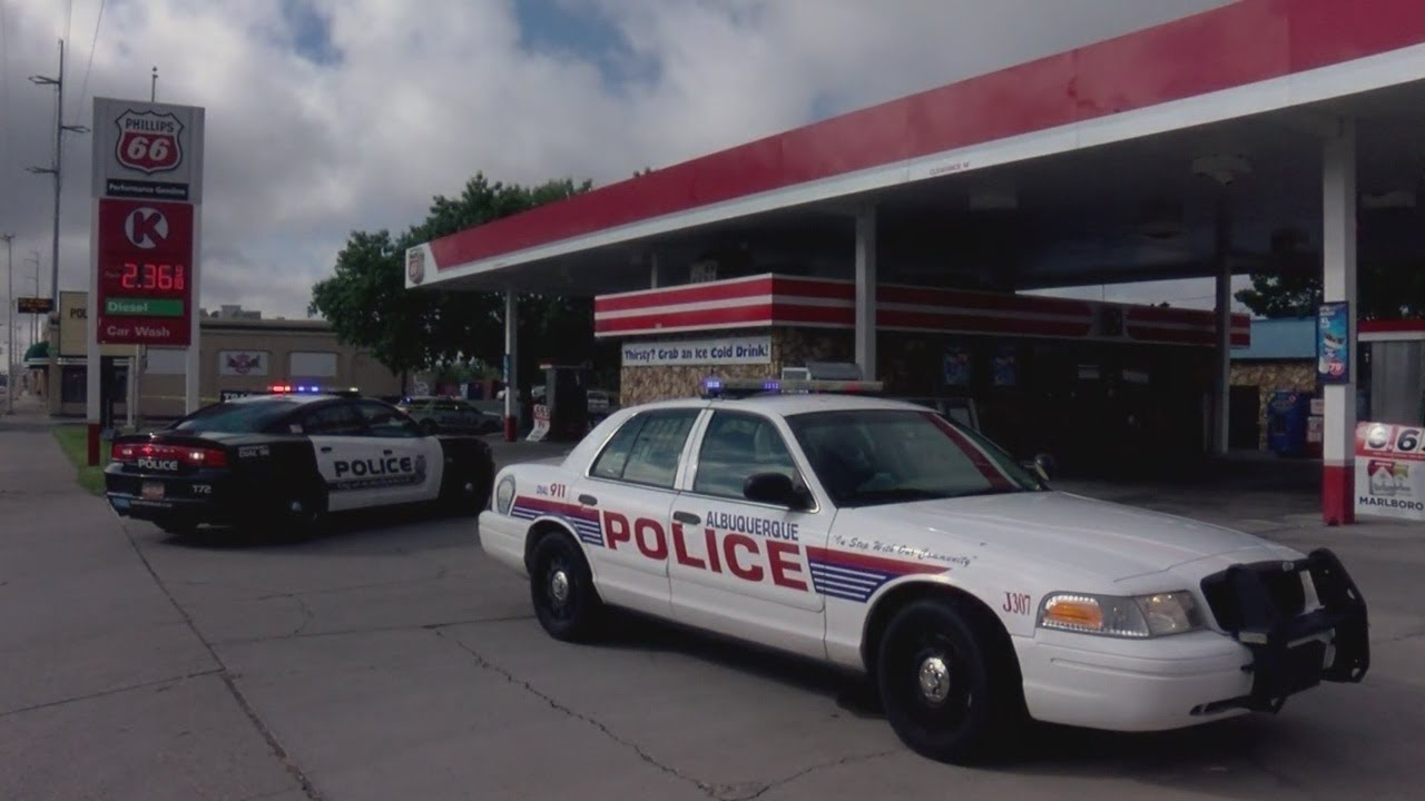 Police arrest suspect accused of shooting 2 people after robbing Circle K