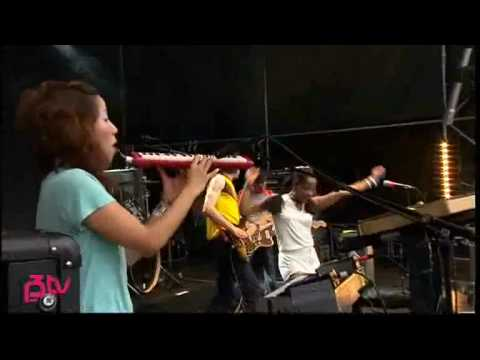 The Go! Team - 03 - Huddle Formation