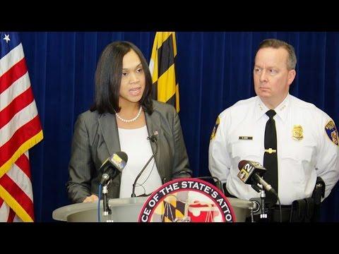 As Feds Probe Baltimore Police, Cops in Freddie Gray Case Seek Removal of Prosecutor Marilyn Mosby