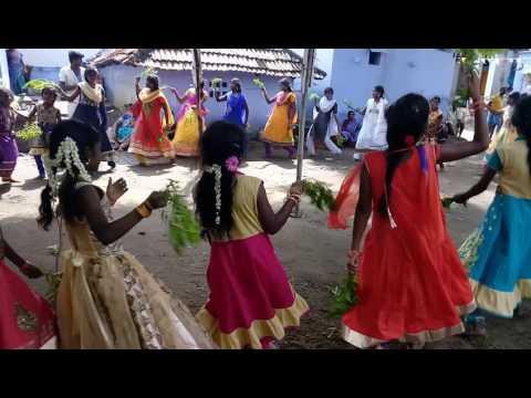 Vallinayagapuram 2016 Pongal Kummi Kupita Song