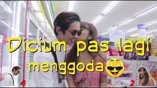 VIDEO STORY WA GOMBALAN ROMANTIS - cium cowok,(WHATSAPP)setatus.