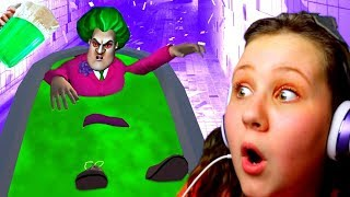 JELLO PRANK ON SCARY TEACHER 3D!! SHE GOT MAD!