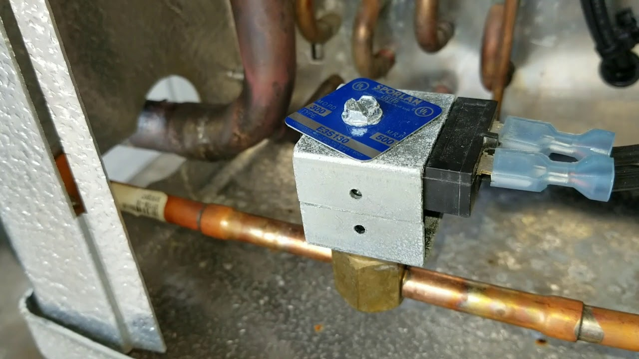 Walk- In Cooler / Freezer liquid line Solenoid Valve on