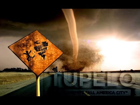Driving into a tornado in Tupelo, MS | 04/28/14