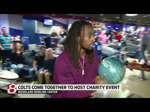 Colts host charity bowling event