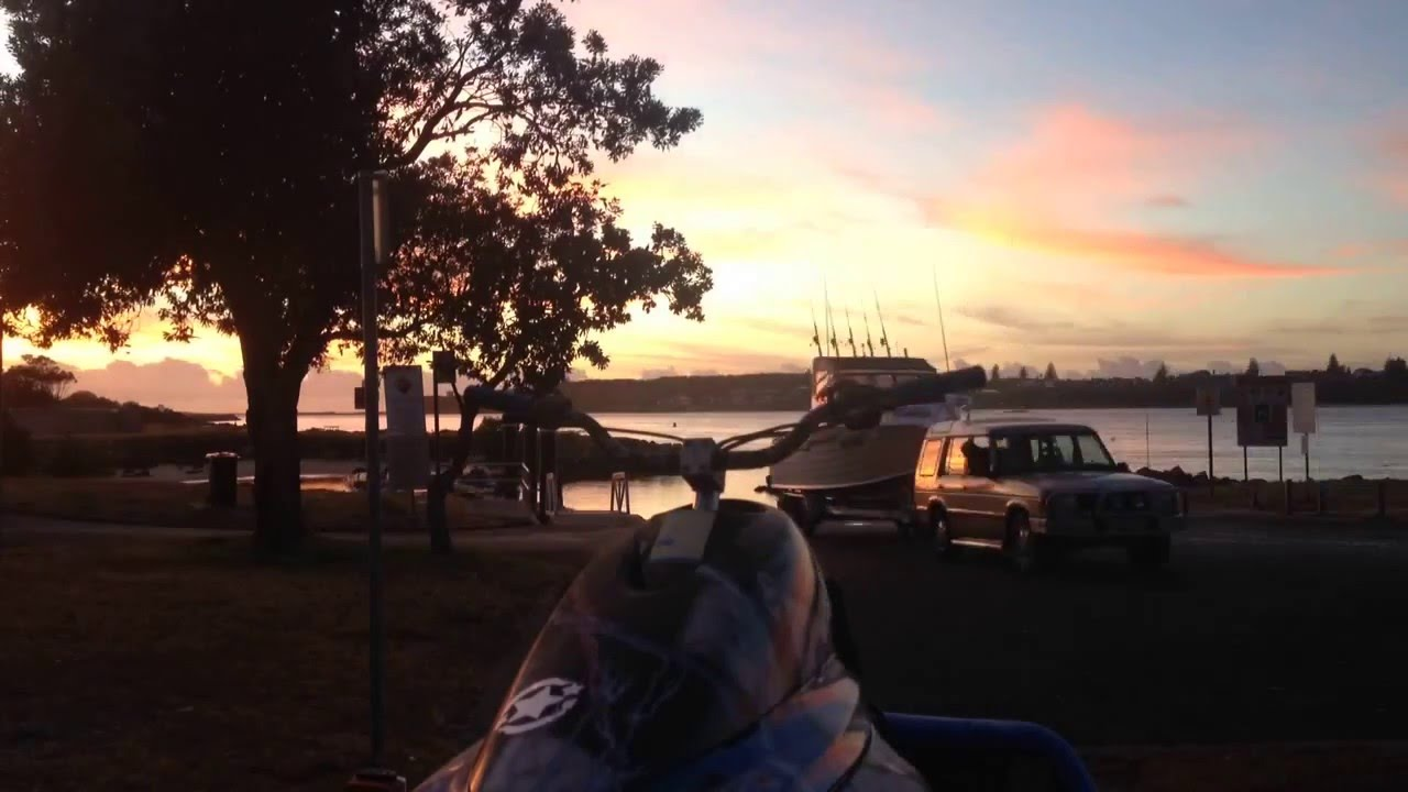 Fight at Boat ramp early morning timlapse
