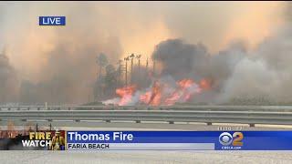 Thomas Fire Jump 101 Freeway In Faria Beach, Flames Engulf Palm Trees Along Freeway