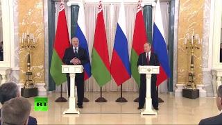 Путин и Лукашенко делают заявление по итогам переговоров в Санкт-Петербурге