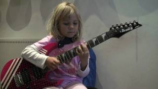 6 Year old Zoe Plays Linkin Park