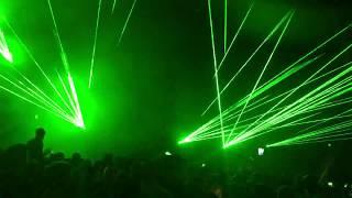Hit Me With Those Laser Beams - Eric Prydz (Green Velvet, Harvard)/ Cirez D- On/Off - Parklife 2017
