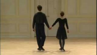 039 Renaissance Dance Pavane