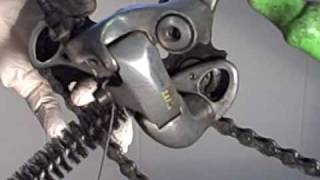 How to Clean and Lubricate a Rear Derailleur